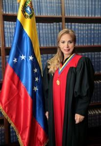 Jhannett-María-Madriz-Sotillo-207x300