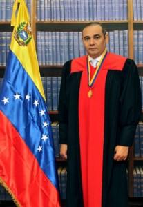 Maikel-José-Moreno-Pérez-207x300
