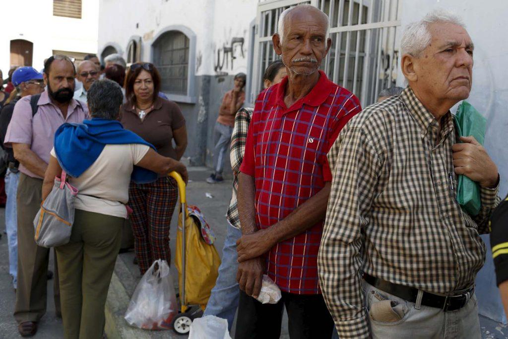2016-01-22t192200z_1278558007_gf20000103650_rtrmadp_3_venezuela-economy