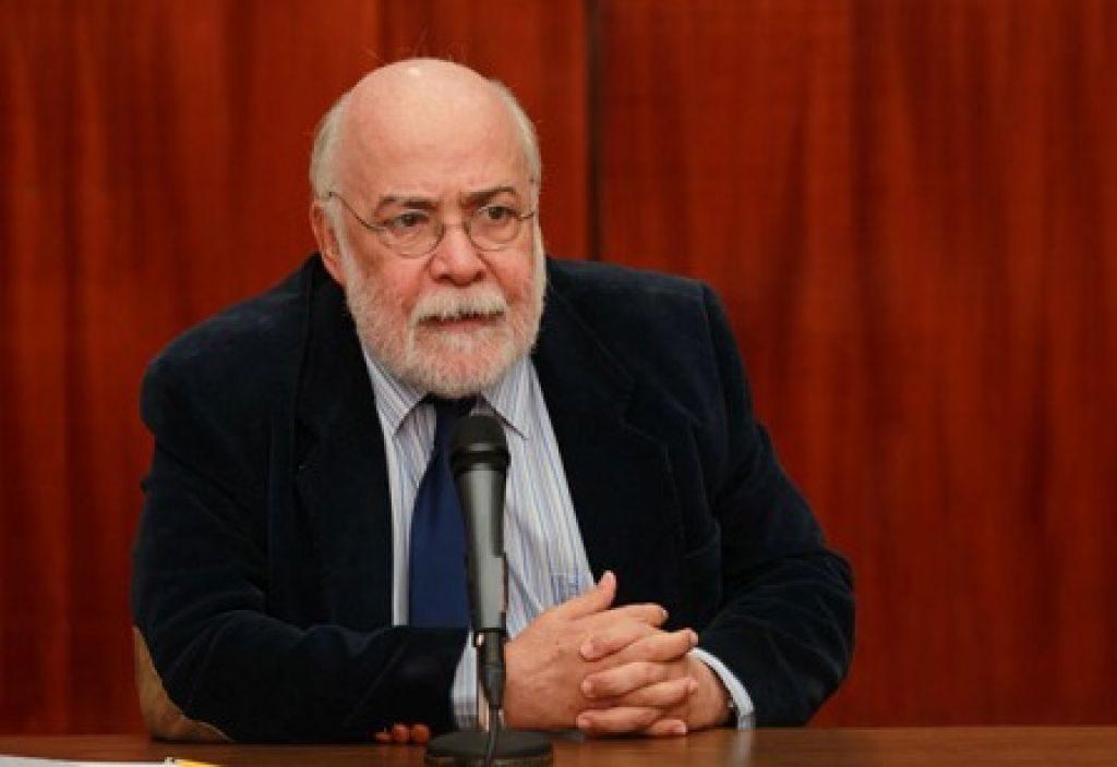 Luis-Damiani-Bustillos